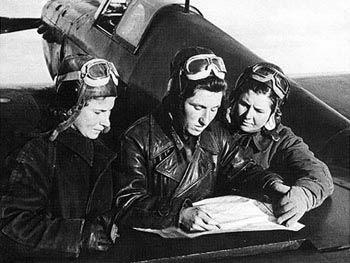 Lilya Litvyak, Katya Budanova y Mariya Kuznetsova