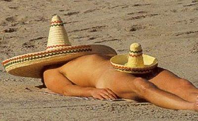 Mexicano tomando el sol