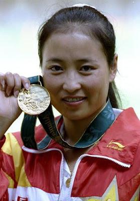 Atlanta 1996 - Li Duihong, oro en pistola deportiva