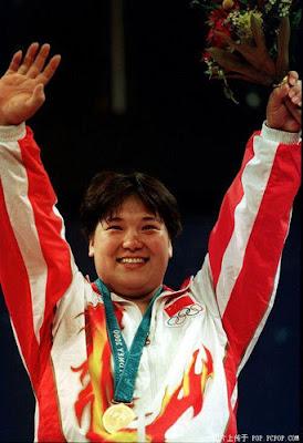 Sydney 2000 - Ding Meiyuan, campeona en halterofilia (+75 kg)
