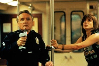Dennis Hopper y Sandra Bullock en Speed (1994)