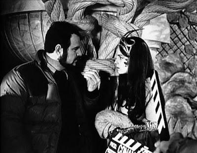 John Milius y Valérie Quennessen