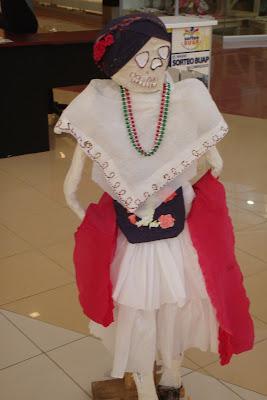 La Calaca Vestida Con Traje Tipico Veracruzano