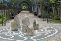 CAFÉ PORTUGAL - Ponte de Lima -O Lixo na Arte dos Jardins