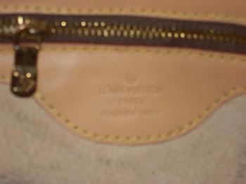 Legitima Louis Vuitton, praticamente nova, Aproveite! Otimo Preço...peça unica....