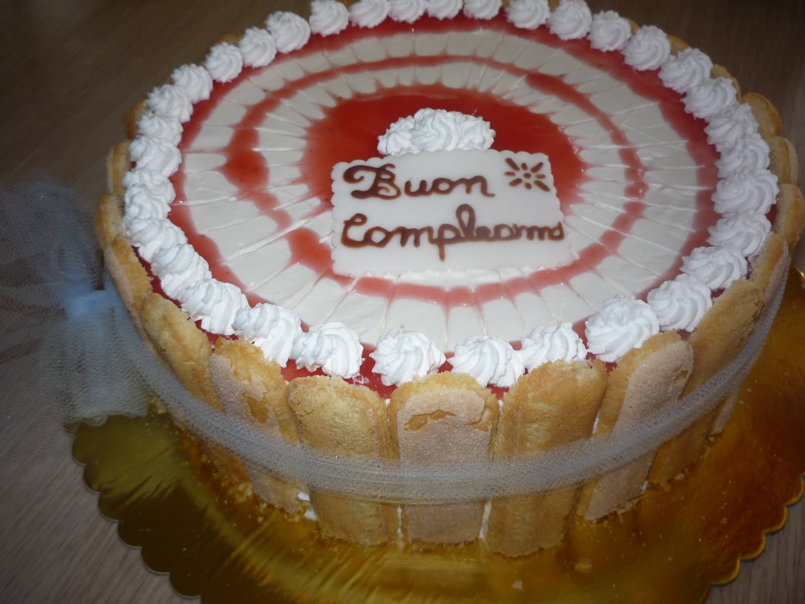 Le creazioni di laly le mie torte decorate for Decorazione torte millefoglie
