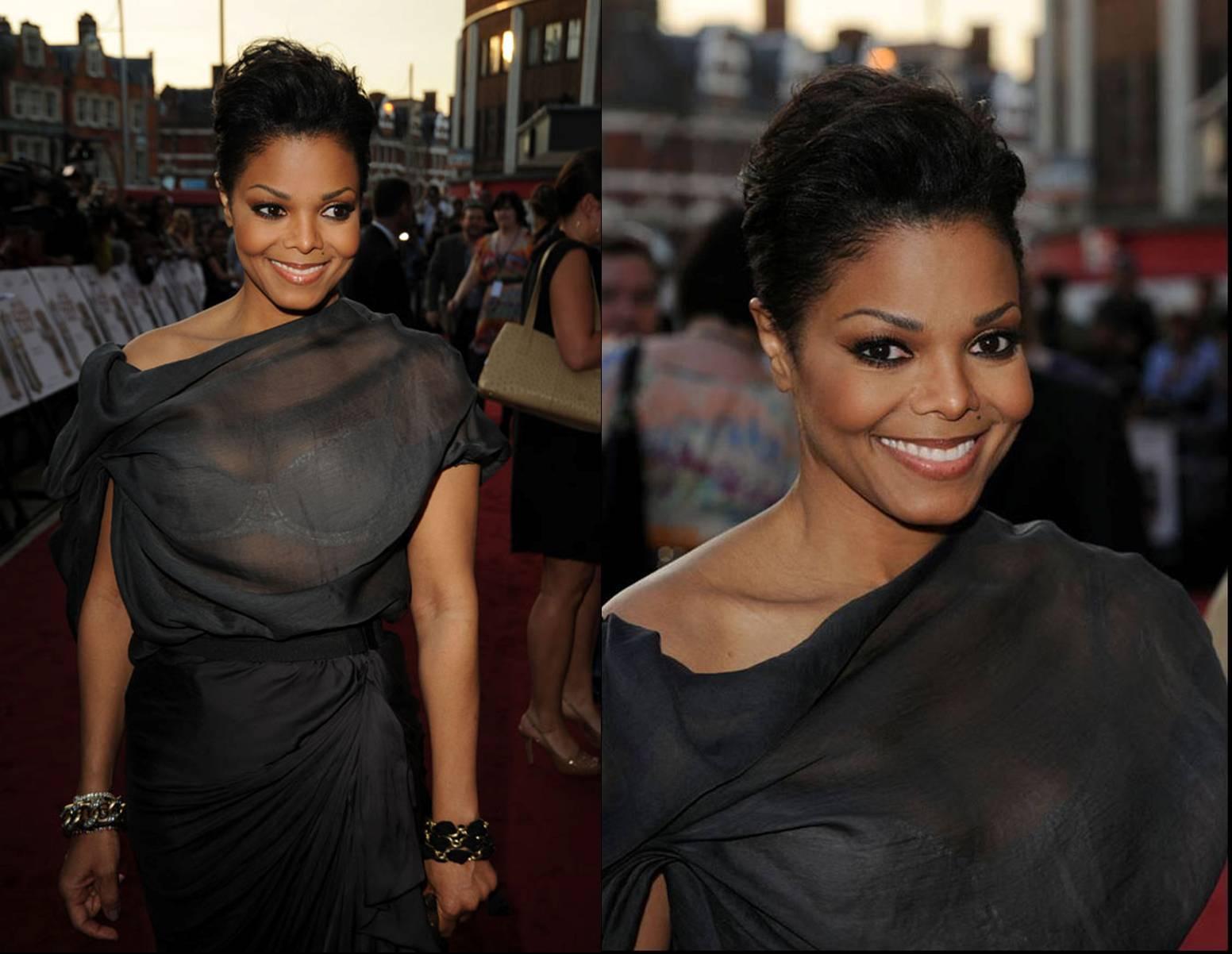 http://4.bp.blogspot.com/_W6NKM9wLprM/S_nio59p2YI/AAAAAAAADCQ/RHVhFC56PJY/s1600/Janets+new+cut+and+silver+dress.jpg
