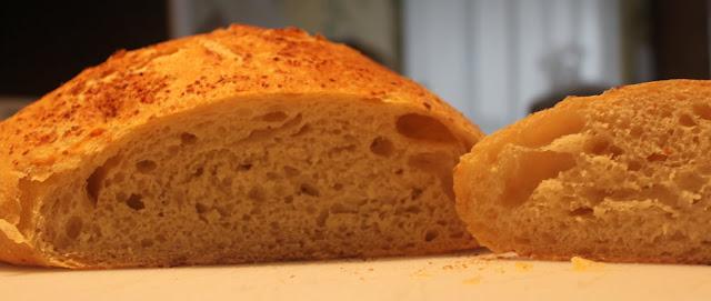 No Knead Bread {Artisan Bread} | singingwithbirds.com