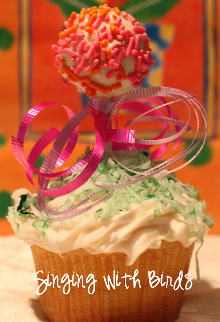 Maypole Cupcakes