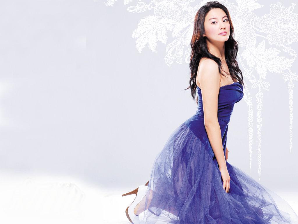 http://4.bp.blogspot.com/_W7rUYysf4fc/TU62Z1rTy7I/AAAAAAAAABs/7encd9sDT-Q/s1600/actress+Kitty+Zhang.jpg