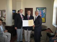 Entrega Diploma Pier Felice degli Uberti, de la CIGH de Bolonia, Italia