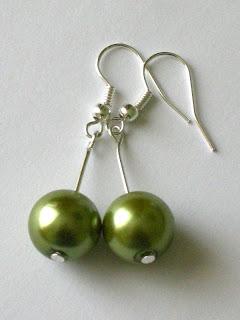 biżuteria z półfabrykatów - perły wersja 2 (zielone kolczyki)