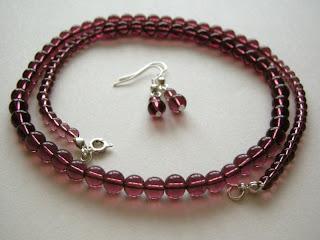 biżuteria z półfabrykatów - rubinowe korale (komplet)