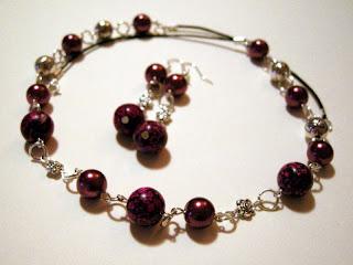 biżuteria z półfabrykatów - korale z howlitu (komplet)