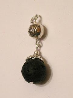 biżuteria z półfabrykatów - lawa wulkaniczna (zawieszka)