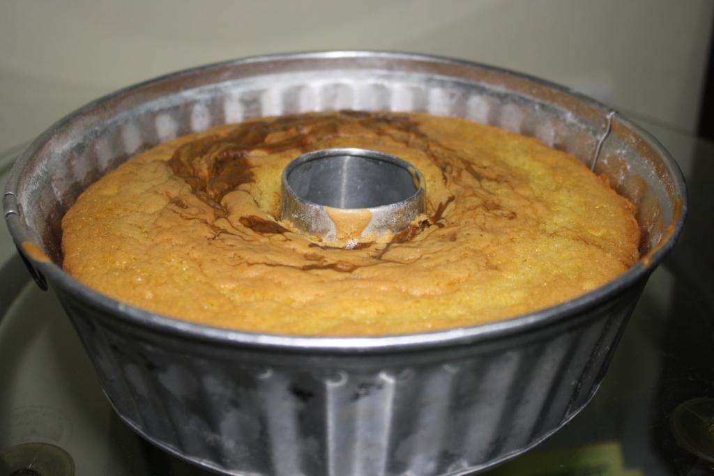 Ini resep andalan waktu bikin sponge cake sponge cake ala santi bahan
