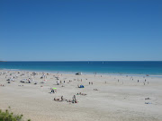World famous Cable Beach, lovely white sand, blue sea. (img )