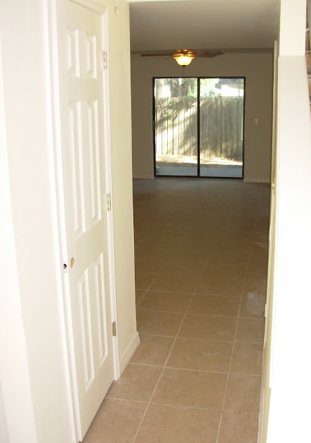 Jacksonville Condo Townhouses ceramic tile floors