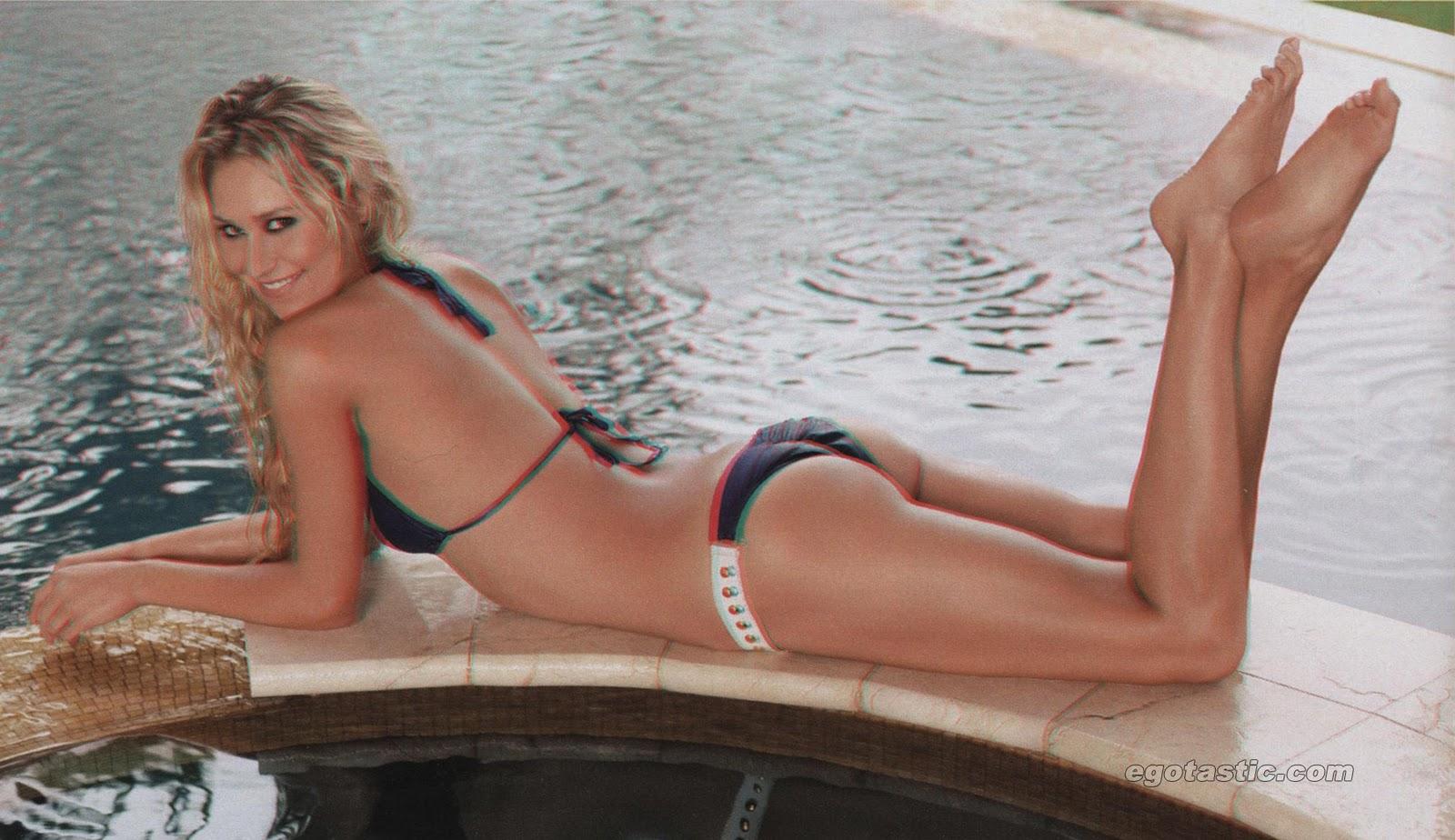 anna kournikova bikini bottoms
