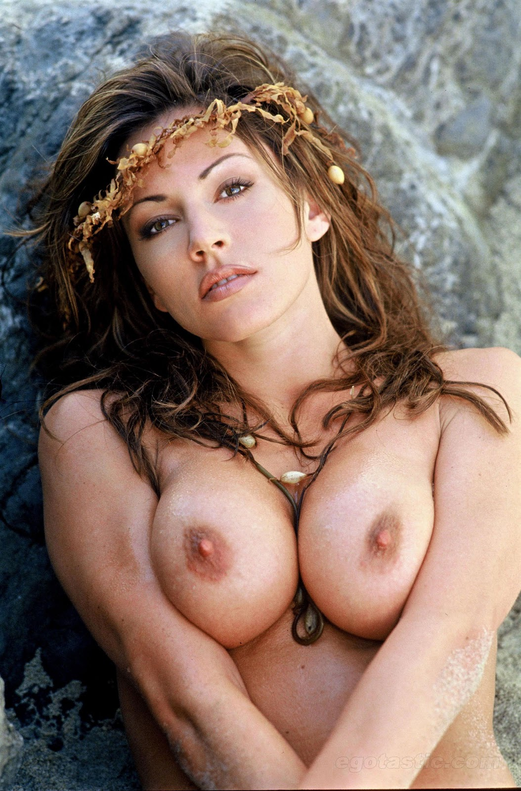 krista allen nude shoot 06 Sunday, April 4   If Nude is Good, More Nude is Better