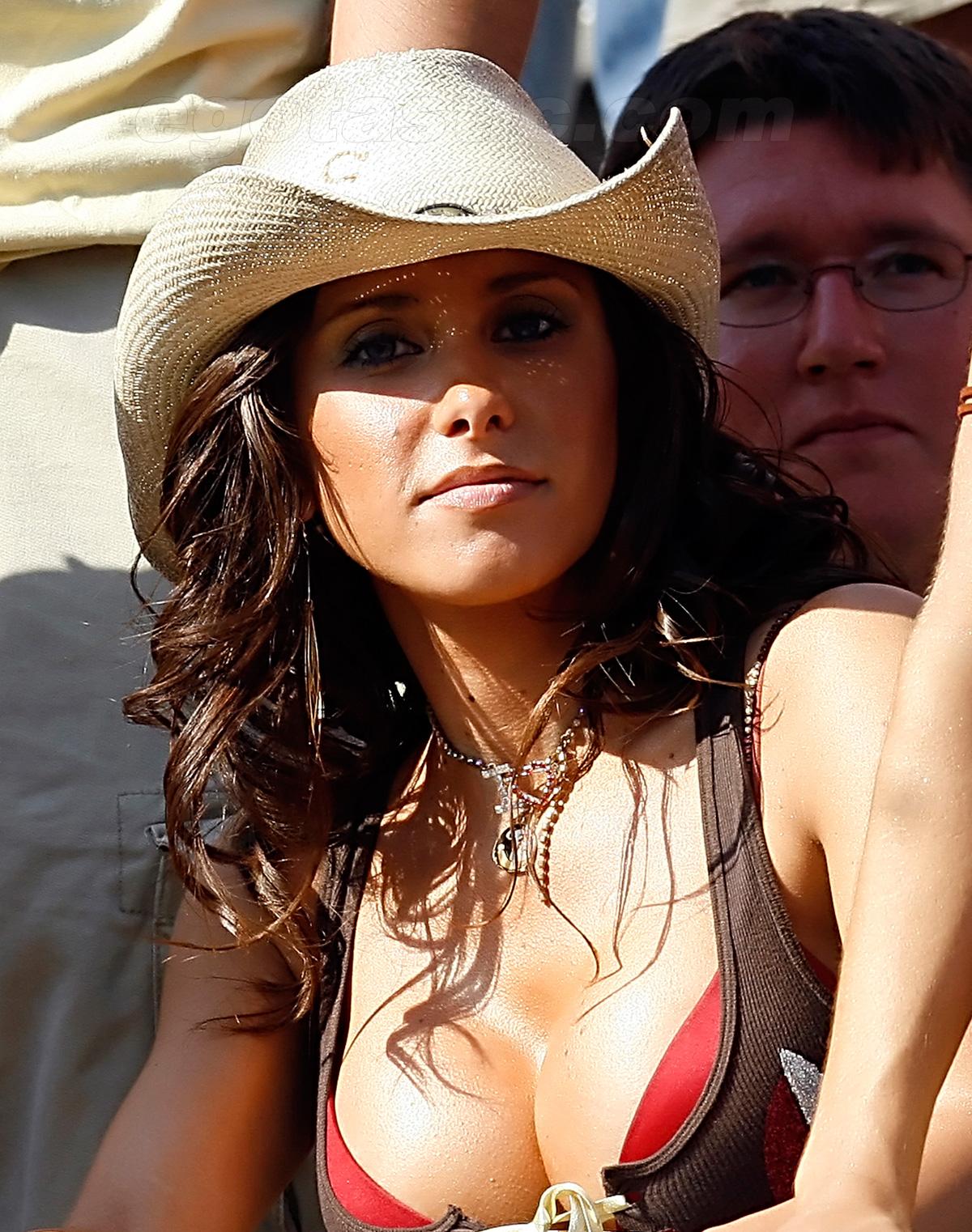 http://4.bp.blogspot.com/_WDCWEjl45FQ/TSSuUjrkWXI/AAAAAAAAB0U/z2ZcMaURigs/s1600/jenn-sterger-cowboy-hat-03.jpg