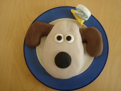 gromit birthday cake