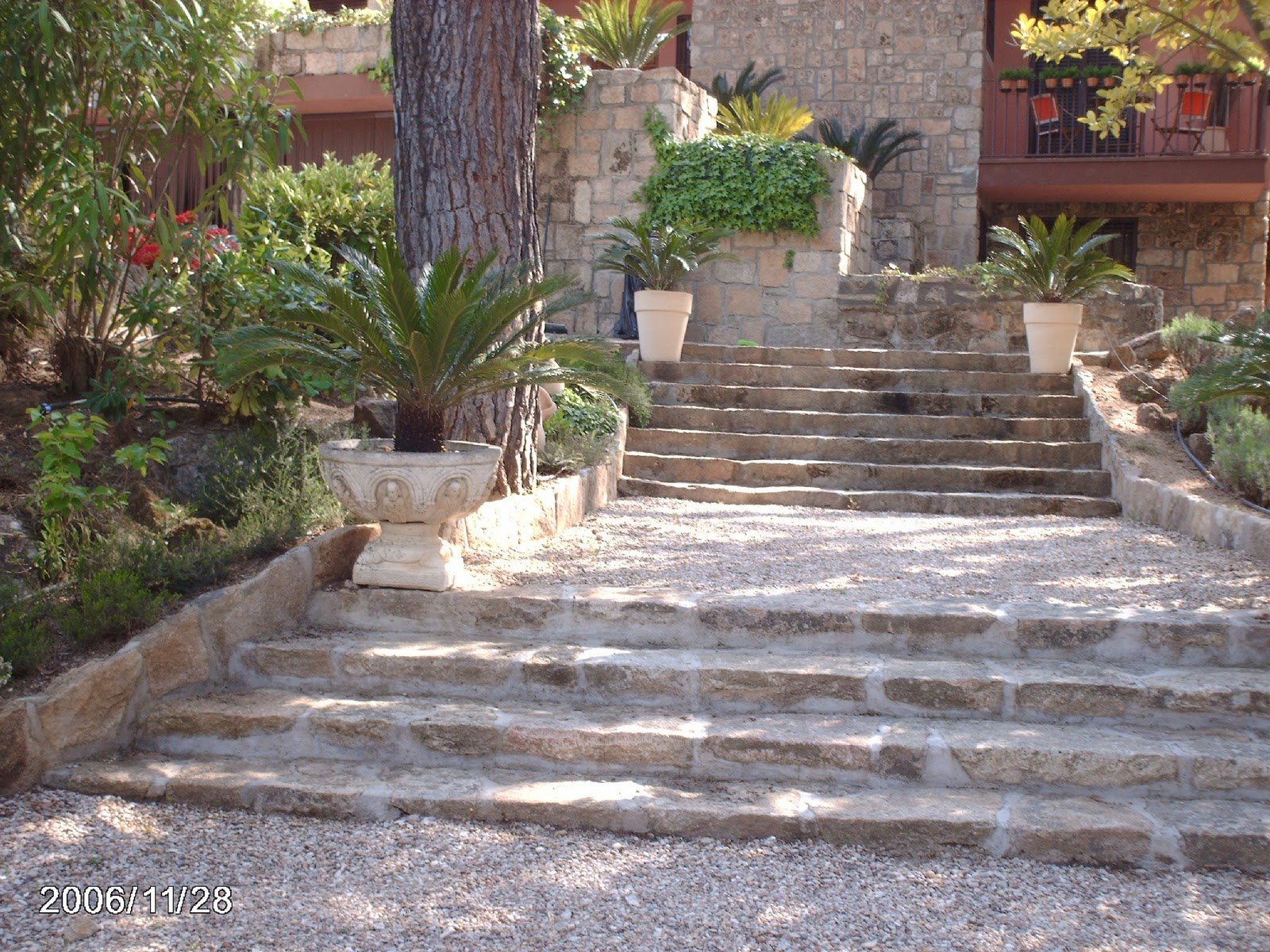 Lujo piedra musgo cresta ideas de decoraci n de for Escaleras yuste