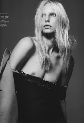 Malgosia Bela, Daphne Groeneveld, Andrej Pejic and Lea T. by Mert and Marcus for Vogue Paris September 2010, part 3