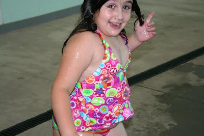 Sydney 39 S Adventures Splish Splash Pool Party Fun