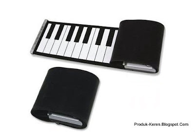 Keyboard musik yang bisa digulung dalam kondisi tergulung