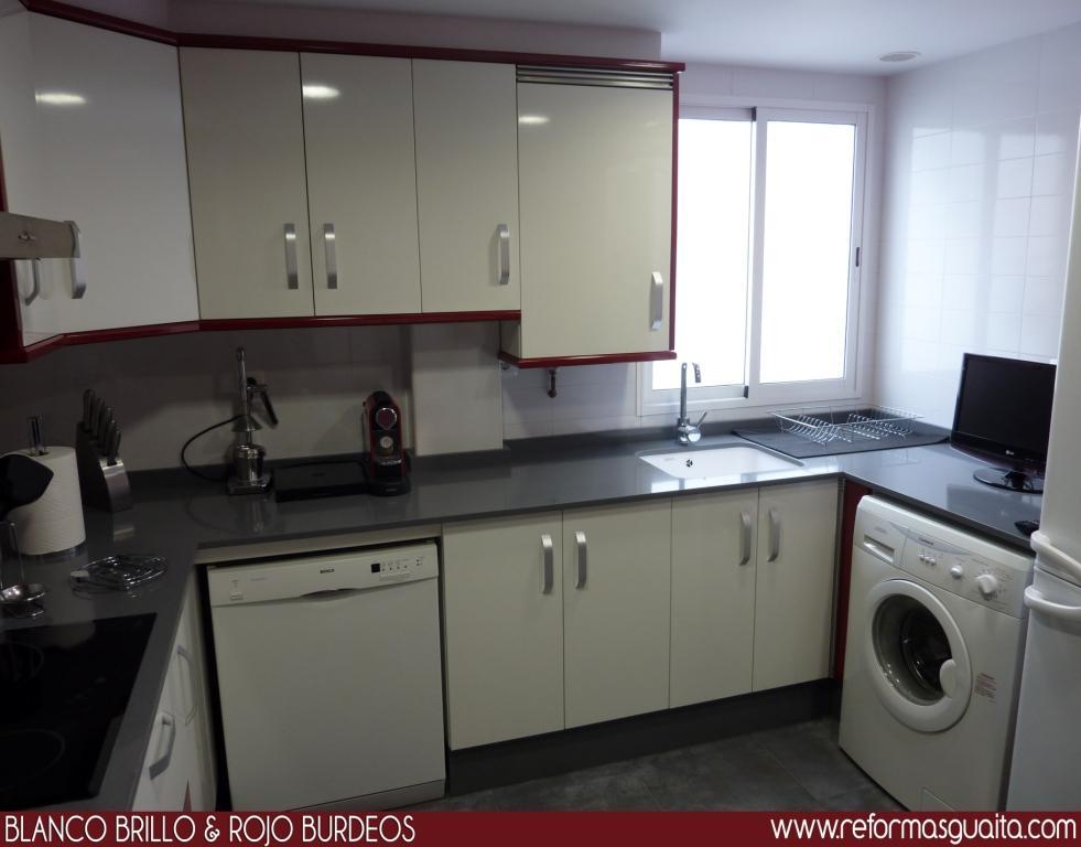 Enero 2011 reformas guaita - Azulejos cocina blanco brillo ...