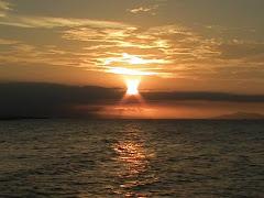 Blog Anda Bisa Hasilkan Uang...  Klik Matahari ini: