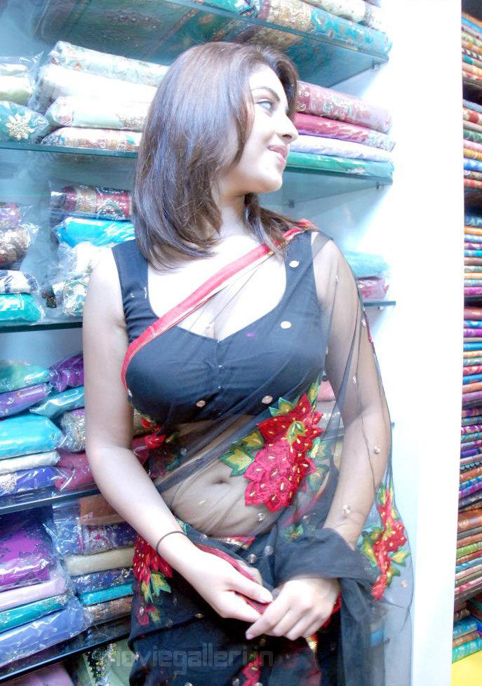 indian celebrity sexy girls richa gangopadhyay hot navel