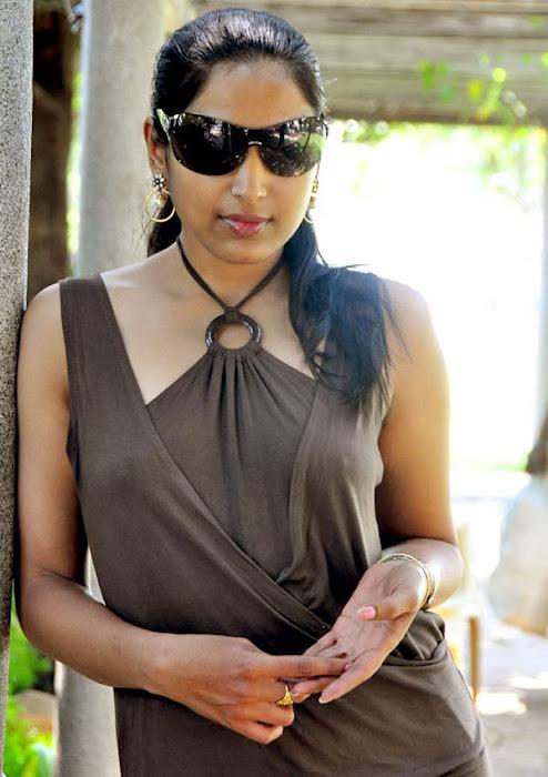 padma priya shoot hot photoshoot