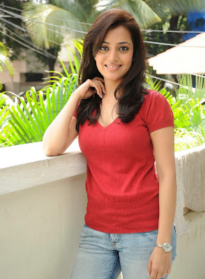 Telugu Actress Nisha Agarwal Sexy Boobs and Cleavage Show Stills gallery pictures