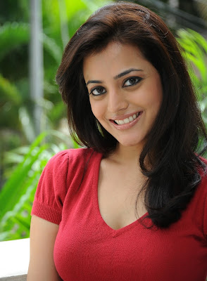 Telugu Actress Nisha Agarwal Sexy Boobs and Cleavage Show Stills glamour images