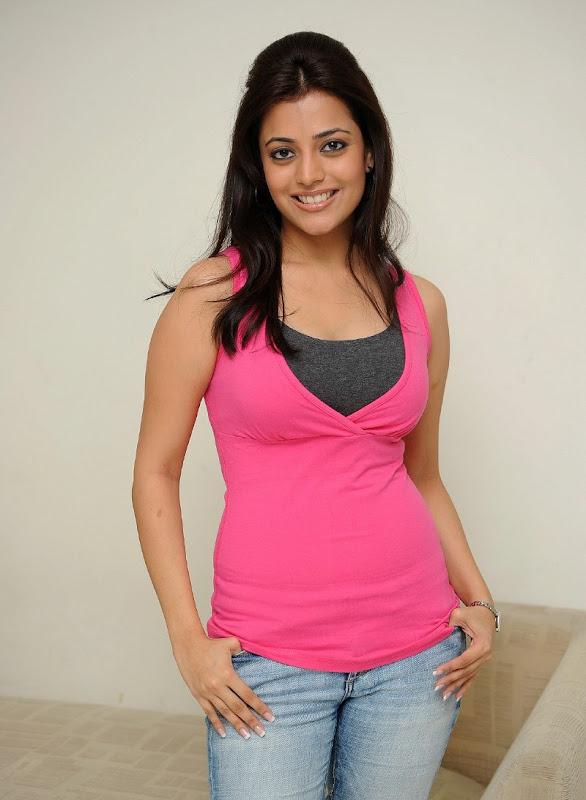 Telugu Actress Nisha Agarwal Sexy Boobs and Cleavage Show Stills hot images