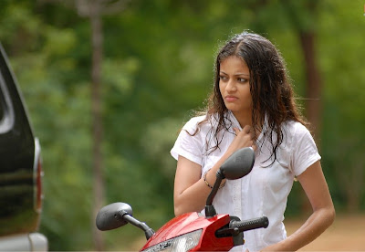 Telugu Actress Sneha Ullal Latest Sexy Stills hot images