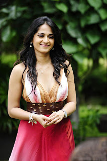 Anushka Shetty in Red Skirt, Smiling & Dashing Diva of Tollywood
