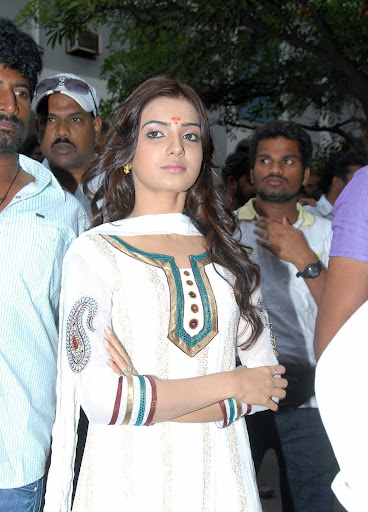Samantha  White Churidar Stills