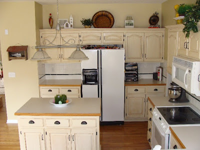 how to paint kitchen cabinet with a sprayer