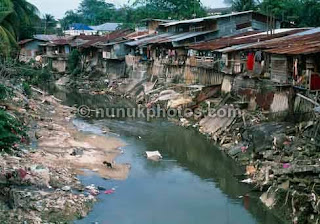 air pollution in vietnam essay The real situation of water pollution in vietnam environmental sciences essay  disclaimer: this essay has been  the real situation of water pollution in vietnam.