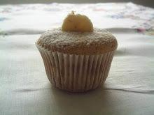 Delicioso cupcake de banana com amêndoas ..