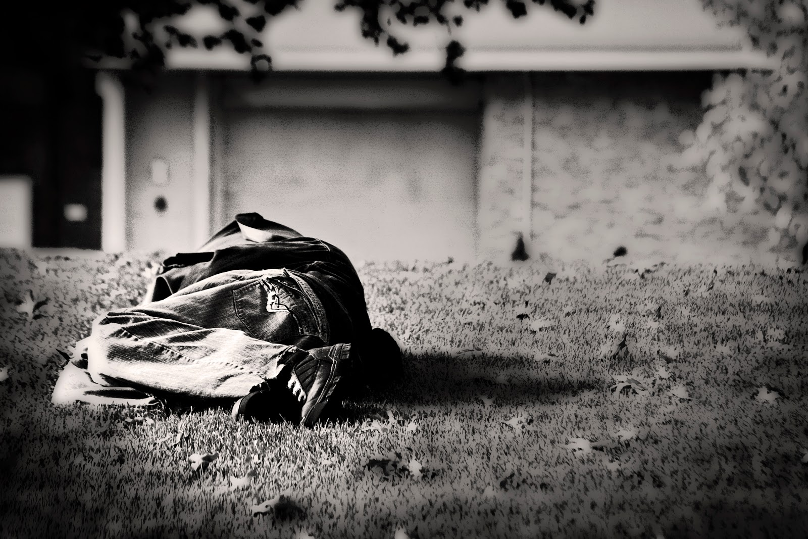 youth homelessness Ending youth homelessness: a guidebook series this series of three guidebooks are designed for coc stakeholders and practitioners to use directly and to engage essential local partners in efforts to prevent and end youth homelessness.