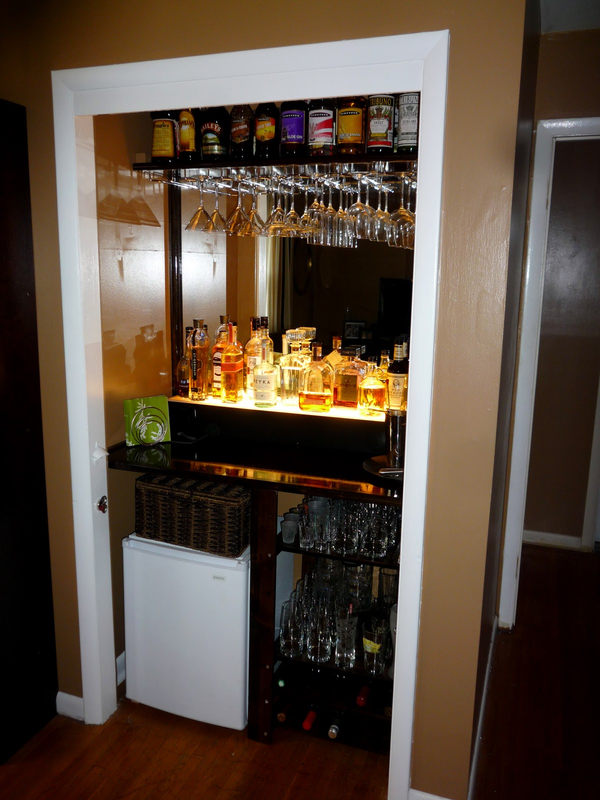 Jigsaws and Ginger: this is the bar that jack built, ya\'ll