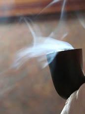 ..fumar una pipa y oler el perfume del tabaco .. éso es otra cosa (Sefa)