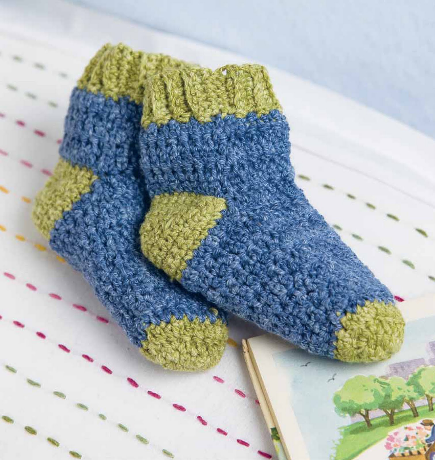 crochet by faye Countdown to Baby Blueprint Snuggly Socks