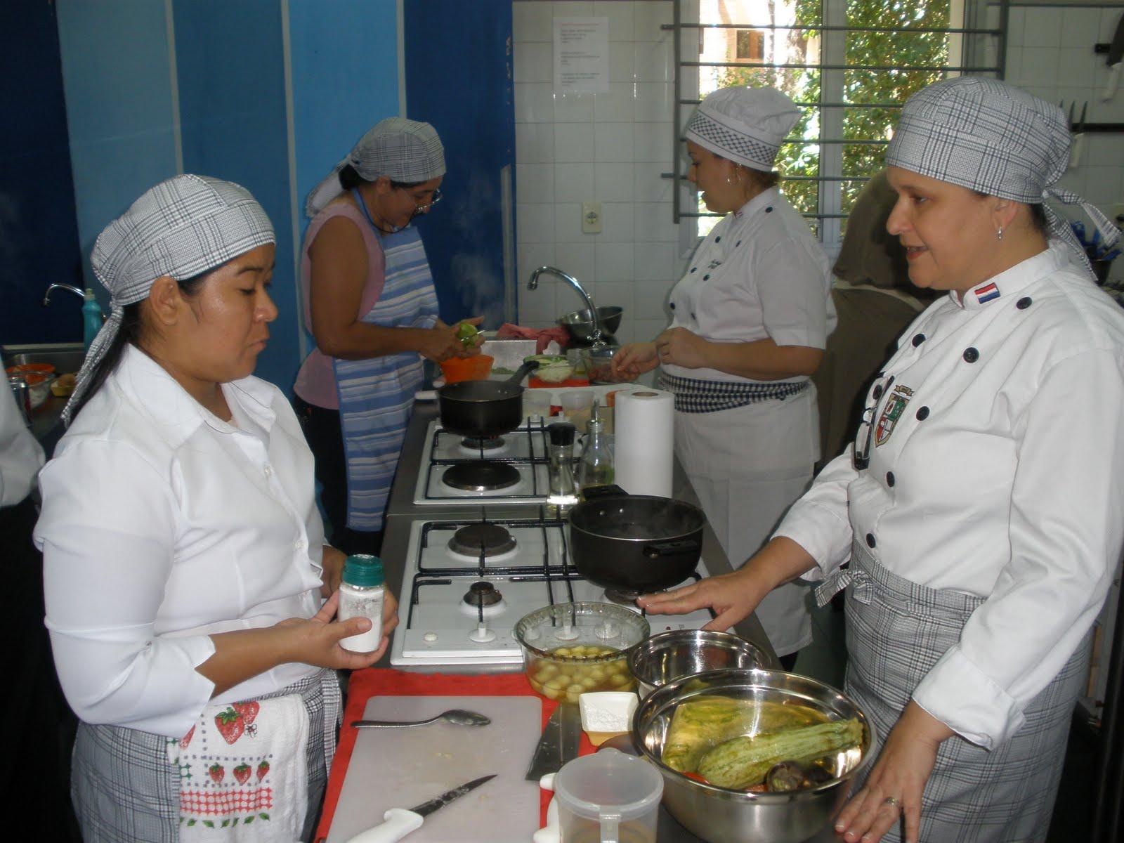 Escuela de Hoteleria y Gastronomia EFAES: 2010