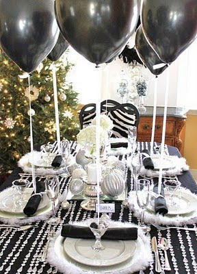 Sara baig designs holiday ideas tablescapes - Black and silver christmas ...