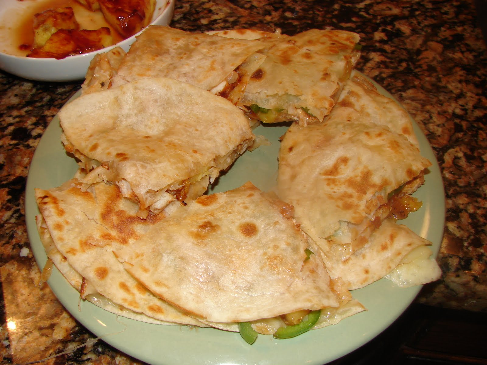 charmainesgibblegabble: GRILLED CHICKEN AND PINEAPPLE QUESADILLAS